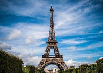Paris et sa tour Eiffel, une icône mondiale cristallisant le rayonnement des sites touristiques d'Île-De-France